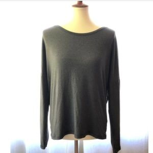 Lucy Activewear SZ L Long Sleeve Open Back Top